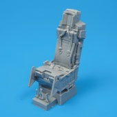 Quickboost 1//32 F-105 Thunderchief ejection seat with safety belts for Trumpeter